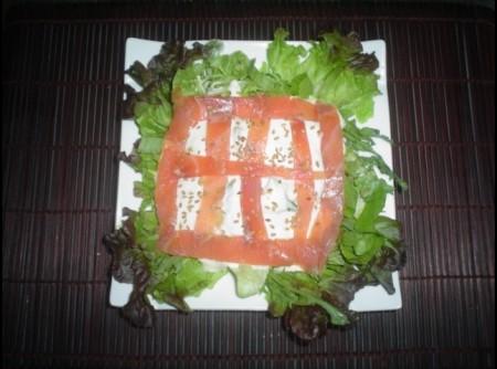 Salada de Salmão Marinado ao molho de aspargos