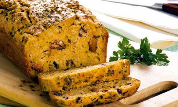 Pão com Sardinha, Azeitona e Cebola