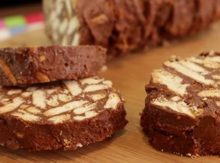 Salame de Chocolate com Bolacha Maisena