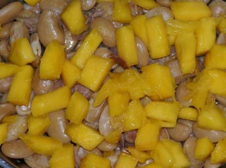 Salada de fava branca com presunto e manga   Camila de Moraes Marques Bueno