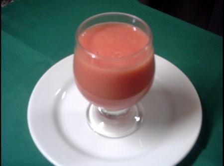 Suco de Tomate com Abacaxi