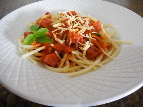 Espaguete de Pupunha com Molho de Calabresa   Maria Ferreira Nascimento Vechi
