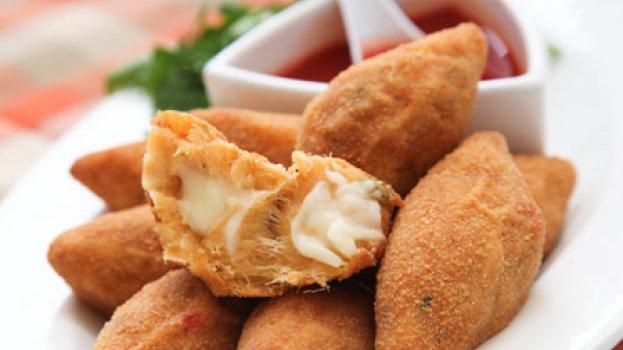 Bolinhos de Bacalhau com Cream Cheese