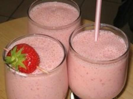 Milk Shake de Iogurte de Morango