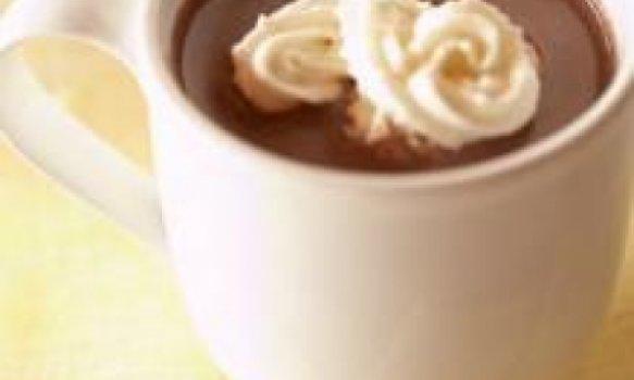 Chocolate quente com amendoim
