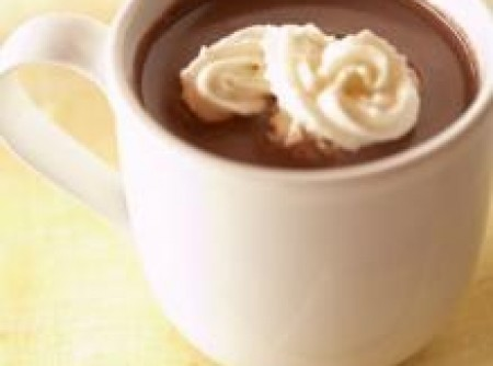 Chocolate quente com amendoim