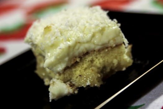 Torta de Abacaxi com Coco