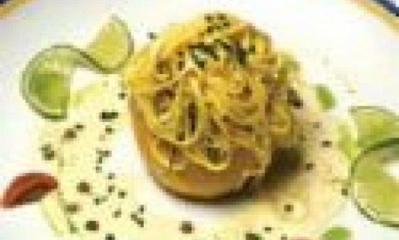 Tagliolini ao molho de cogumelos secos
