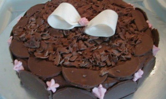 Bolo de chocolate com iorgute