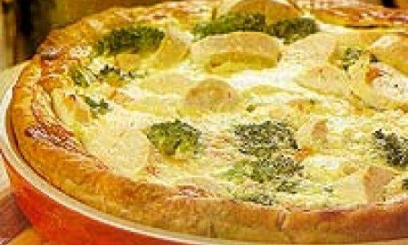 Torta de palmito com brócolis