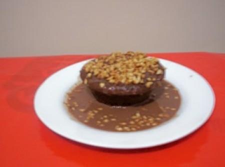 Bolo Light de Chocolate com calda nada light   Marcelo