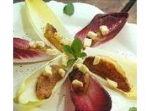 Endívias com peras e Camembert