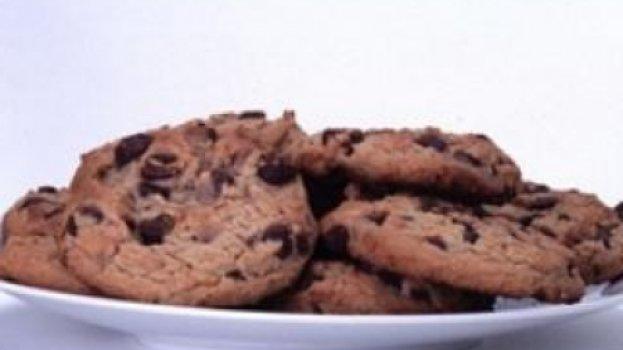 Cookies de chocolate e nozes