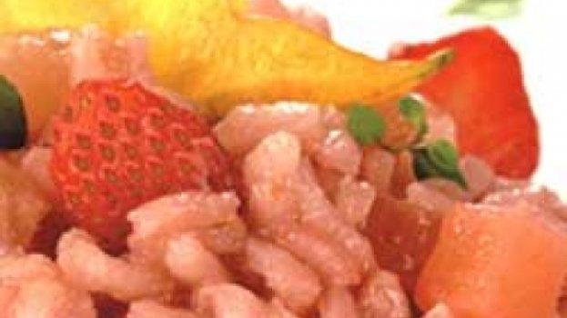 Risoto de abacaxi, morango e carambola