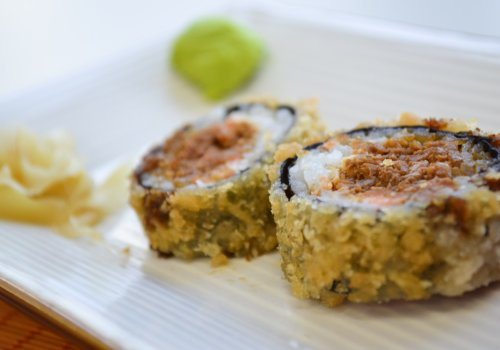 Hot Roll de Salmão