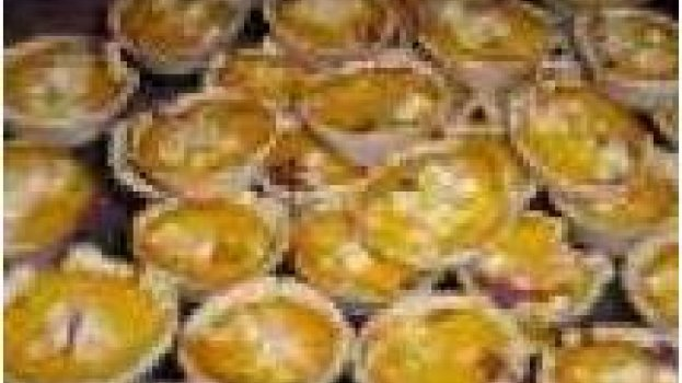 Empada de casquinha com recheios variados