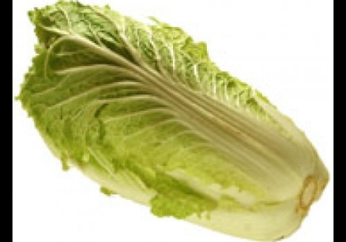 Salada de abacaxi com acelga e repolho