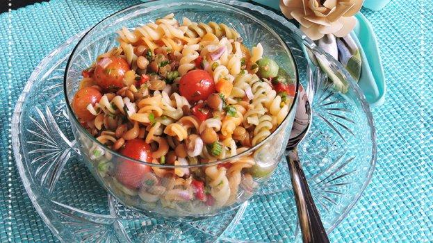 Salada de Macarrão com Lentilhas