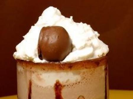 Sobremesa Gelada de Chocolate com Coco