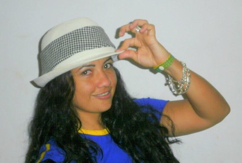 Imagem de perfil: Carolina Entringer Pereira