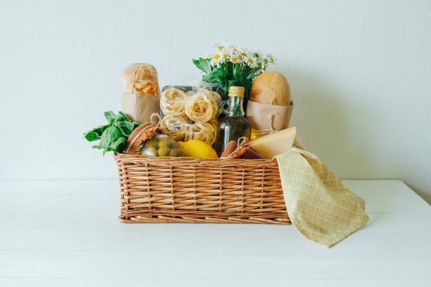 cesta de delícias para enviar à sua mãe