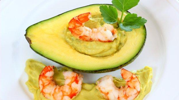 Salada de lagostins com abacate