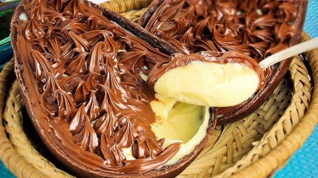 Ovo de Páscoa de Leite Ninho e Nutella