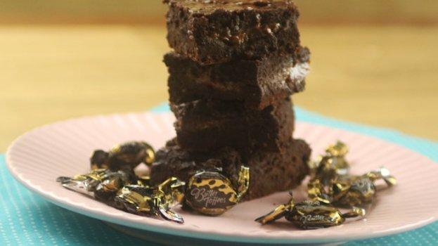 Brownie Recheado de Caramelo e Chocolate Amargo