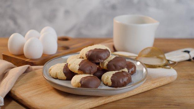 Sequilho com Chocolate Amargo