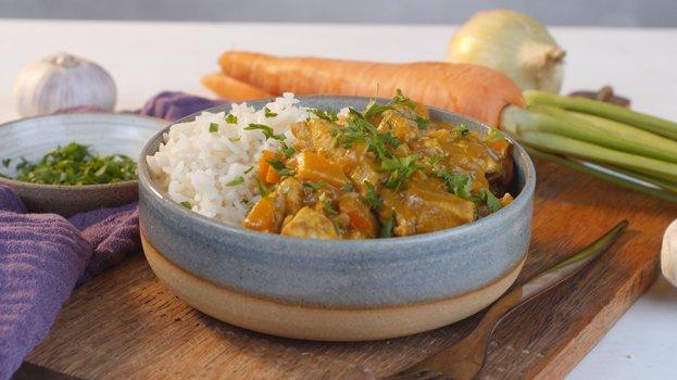Ensopado de Frango com Molho Curry