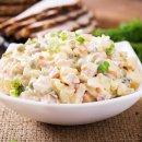Salada de Maionese com Peito de Frango
