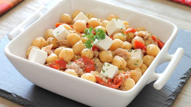 Salada de Grão-de-Bico com Atum