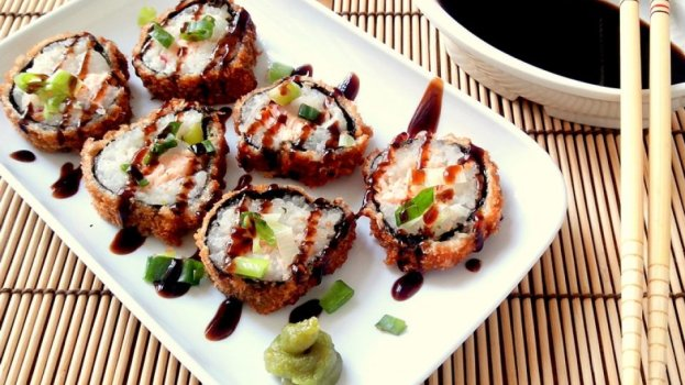 Hot Roll (Sushi Empanado)