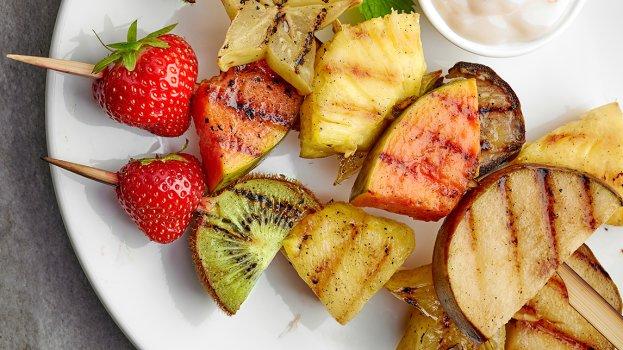 Espetinho de Frutas Grelhadas