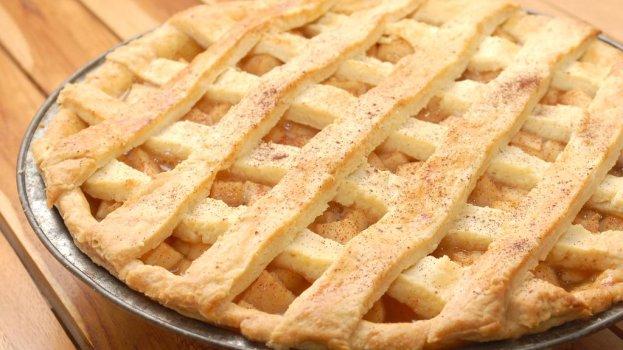 Torta de Maçã Rápida com Massa de Biscoito