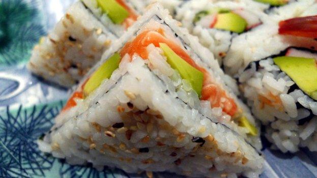 Triângulos de Sushi