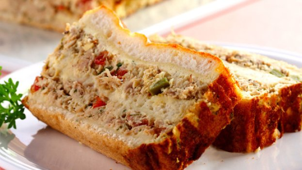Sanduíche de Forno com Frango e Requeijão