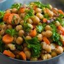 Salada de Grão-de-bico e Cenoura