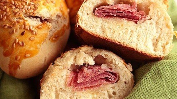 Pãozinho Rápido de Salame