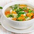 Sopa Low Carb de Frango e Legumes