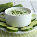 Sopa Low Carb de Pepino e Alho-Poró