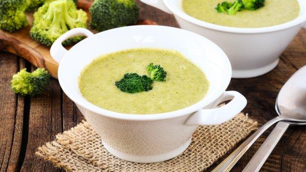 Sopa Low Carb de Brócolis