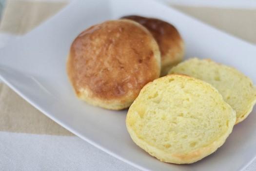 Pão de Leite em Pó com 3 Ingredientes | CyberCook