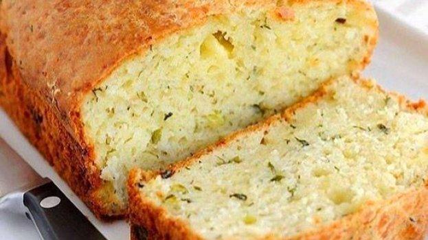 Pão de Cebola de Liquidificador Sem Sovar