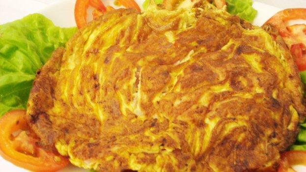 Omelete de Presunto, Queijo e Tomate do Família Burger