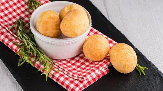 Mantenha o frescor do Pão de queijo congelado usando a airfryer